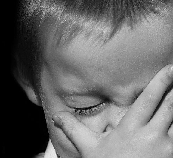 Chorar, rir, piscar: 9 coisas mundanas que os humanos fazem todos os dias