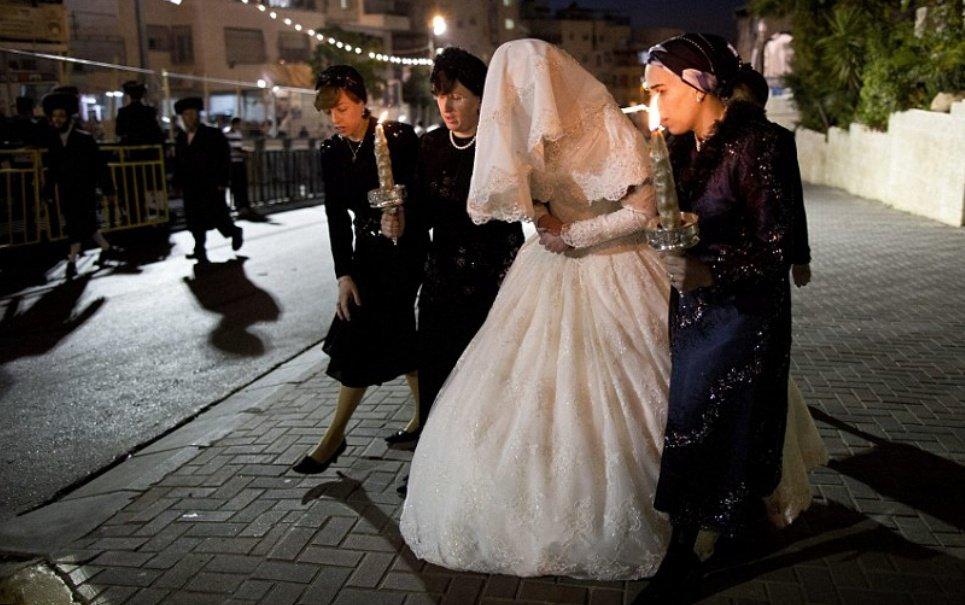 Casamento de judeus ortodoxos atraiu 25 mil pessoas do mundo todo