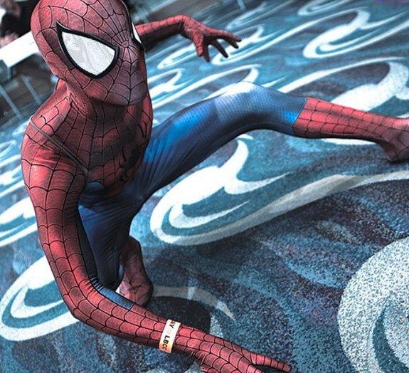 Fã cria a fantasia de Homem - Aranha mais bem feita de todos os tempos