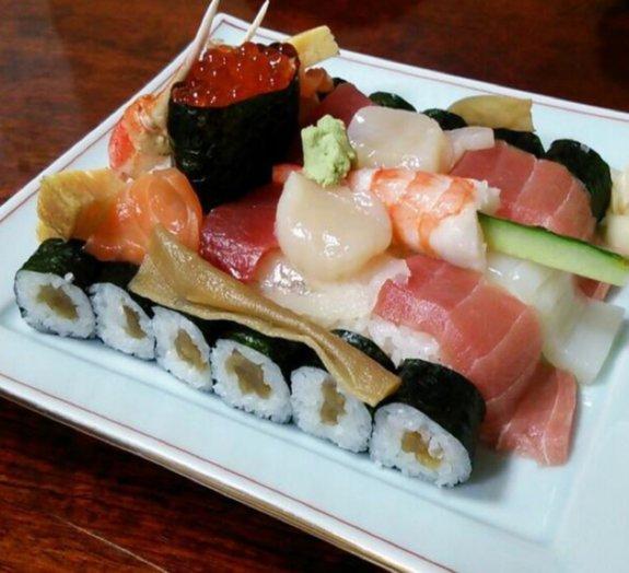 Conheça o tanque de sushi que vai vencer a batalha contra a sua fome