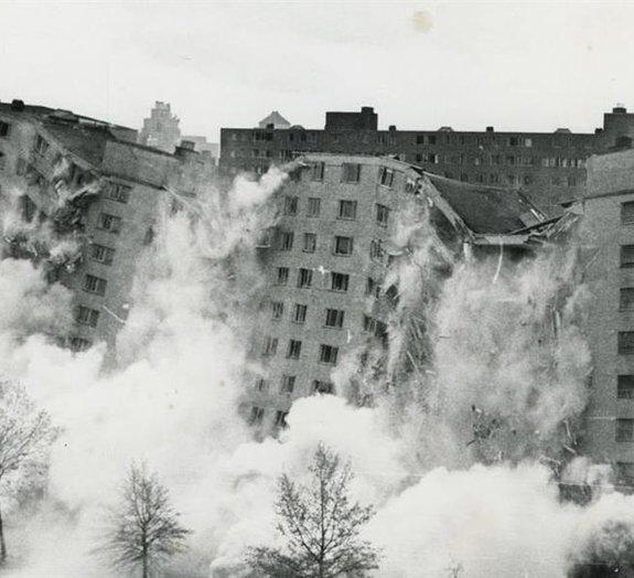 Confira 10 GIFs incríveis que mostram a implosão de grandes construções