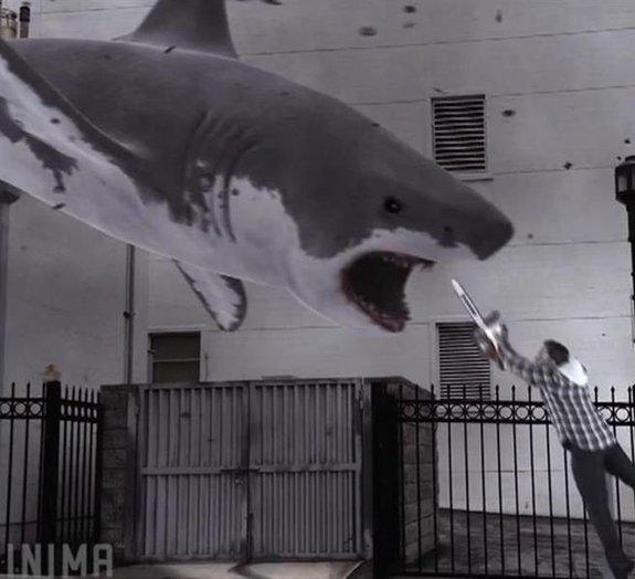 'Sharknado' causa furor no Twitter com sua tempestade de tubarões