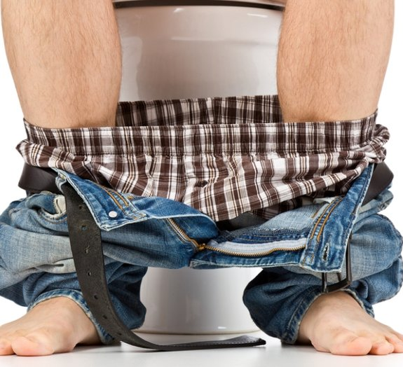 Problemas no banheiro? Você pode estar fazendo o 'número 2' da forma errada