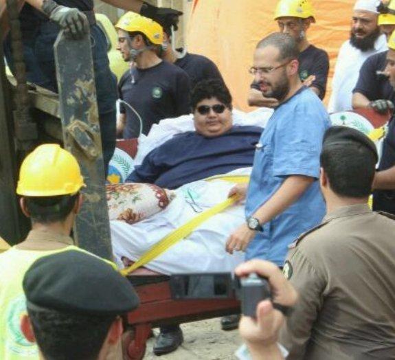 Peso superpesado: rei saudita ordena a hospitalização de homem de 610 kg