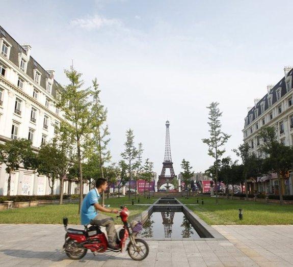 Réplica chinesa de Paris se tornou uma cidade fantasma