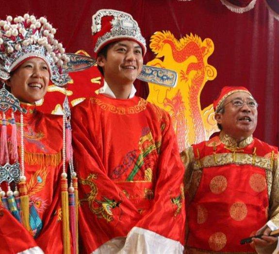 Conheça algumas tradições que antecedem os curiosos casamentos chineses