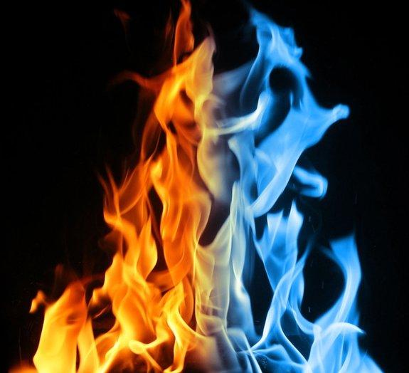 Dominando os elementos: aprenda a usar gelo para fazer fogo [vídeo]