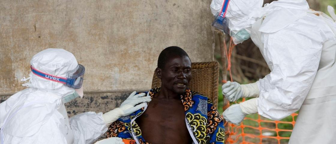 EUA vão testar vacina contra ebola em 2015