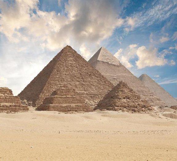 Engenheiro divulga nova teoria sobre a construção das pirâmides do Egito
