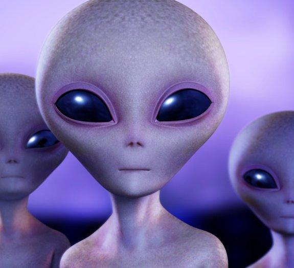 Ex-ministro da Defesa do Canadá faz afirmação polêmica sobre alienígenas