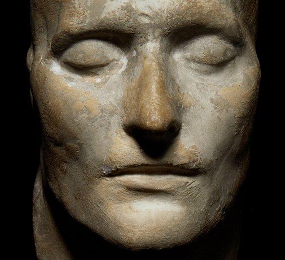 Entenda a história por trás da máscara mortuária de Napoleão Bonaparte