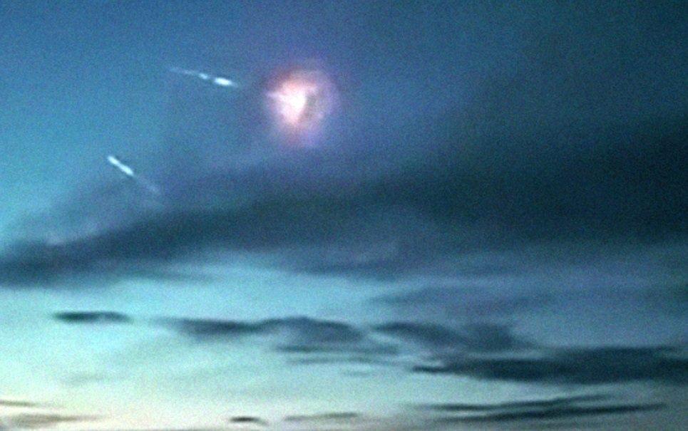 Vídeo mostra como seria o céu a poucos instantes de um holocausto nuclear
