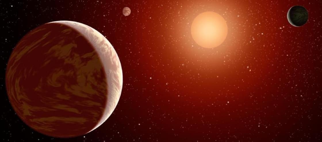 """Astrônomos descobrem exoplaneta com problemas de """"pontualidade"""""""