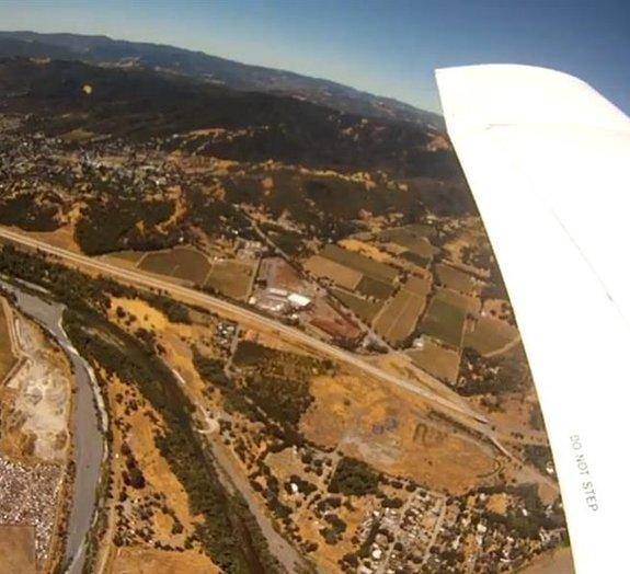 GoPro filma própria queda e aterrissagem em chiqueiro [vídeo]