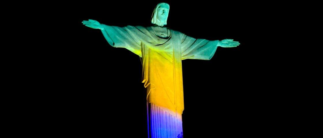25 nomes de blocos de carnaval do RJ que vão fazer você rir