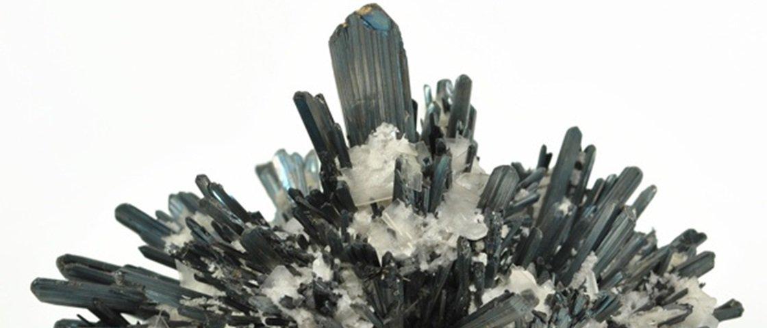 Descubra as 8 pedras e cristais mais mortais encontrados na natureza