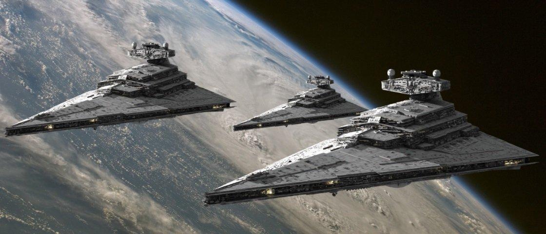 Teria a Curiosity flagrado nave de Star Wars acidentada em Marte?