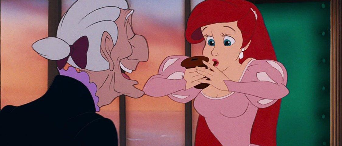 16 vezes em que a Disney mostrou seus personagens fumando