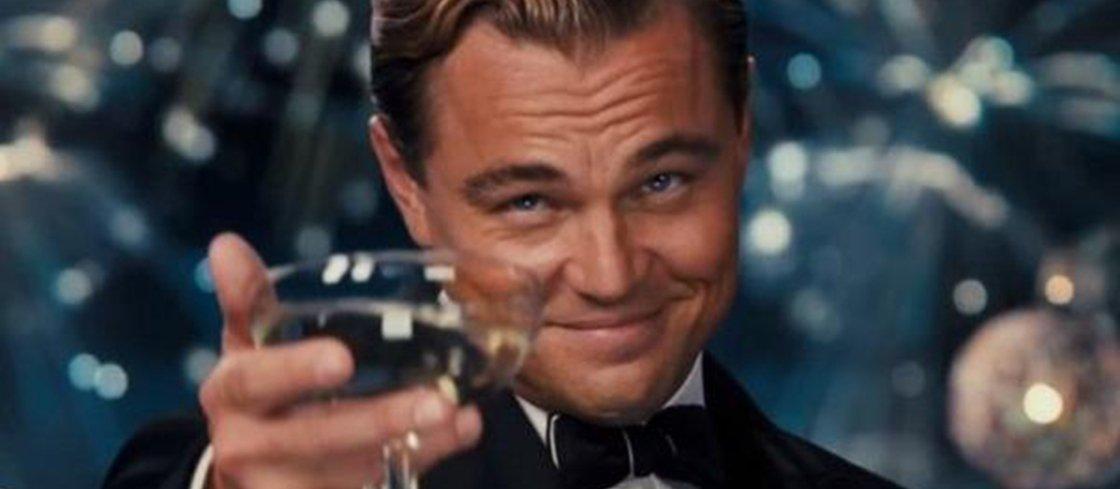 """Brasileiro canta """"Baile de Favela"""" para o ator Leonardo DiCaprio"""