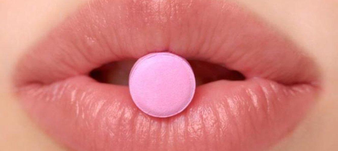 Jovem descobre trombose cerebral e a culpa é da pílula anticoncepcional