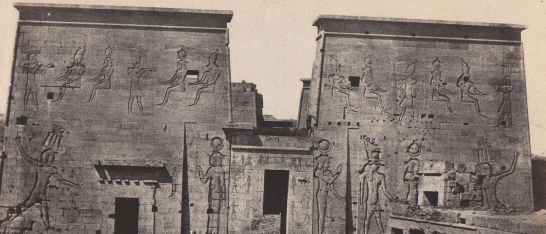 As primeiras fotos de viagem da história retratam o Egito e podem ser suas