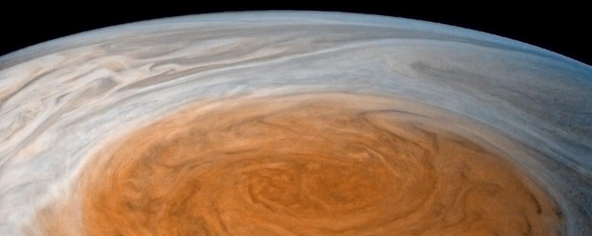 Sonda da NASA captura fotos inéditas da maior tempestade do Sistema Solar