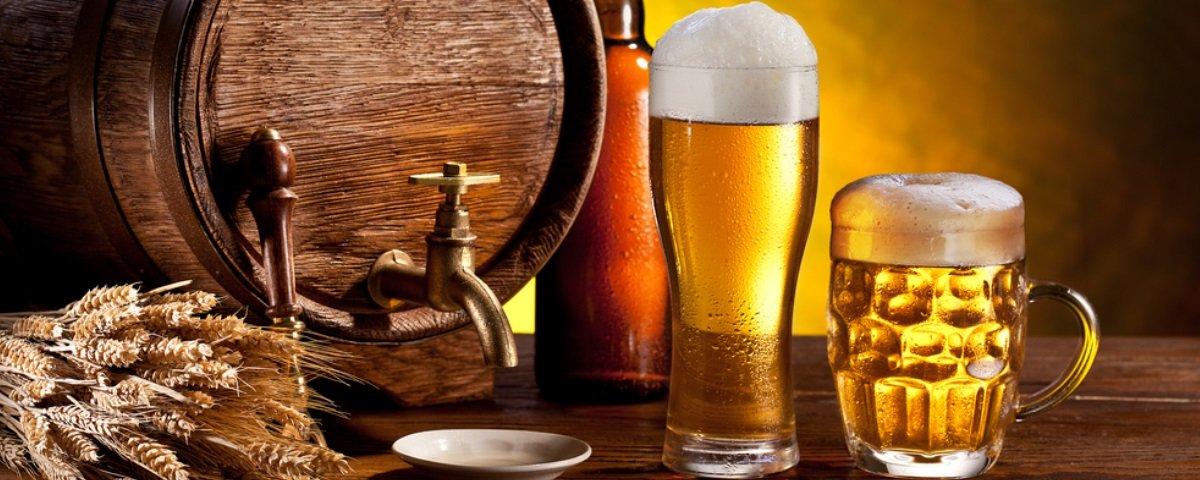 Existe um tipo específico de cerveja ligado ao aumento das mamas masculinas