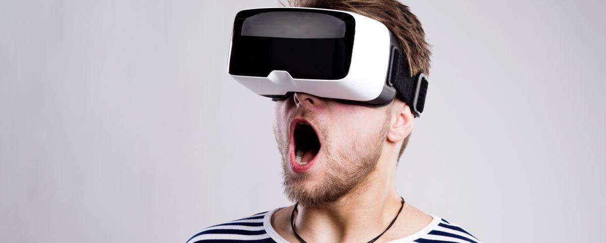 Psicóloga usa realidade virtual para tratar a síndrome do pânico