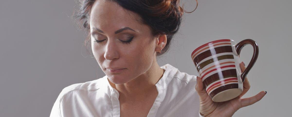 Por que muitas pessoas têm bafo depois de tomar café?