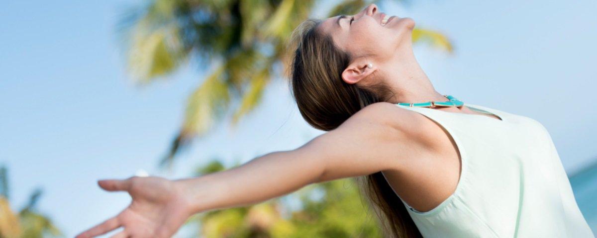 4 provas de que não usar sutiã faz bem à saúde feminina - Mega Curioso