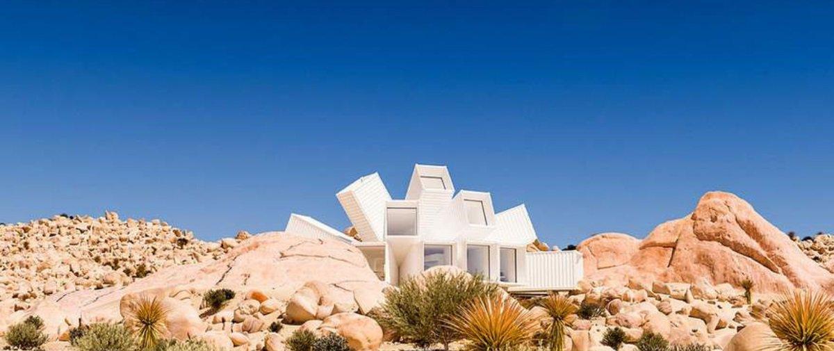 Este arquiteto projetou uma casa incrível feita de contêineres