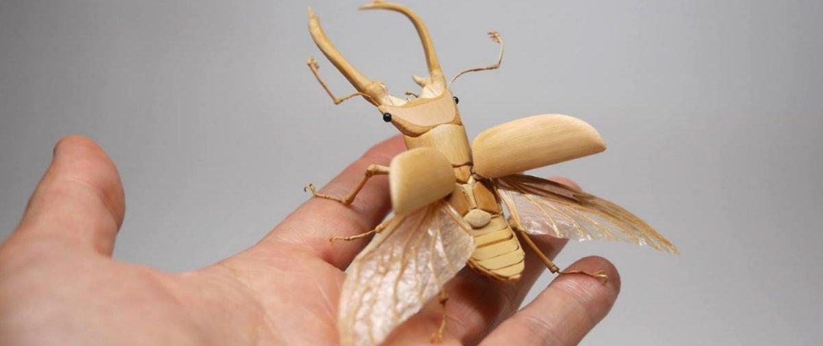 Surreal! Artista japonês cria insetos de bambu que parecem de verdade