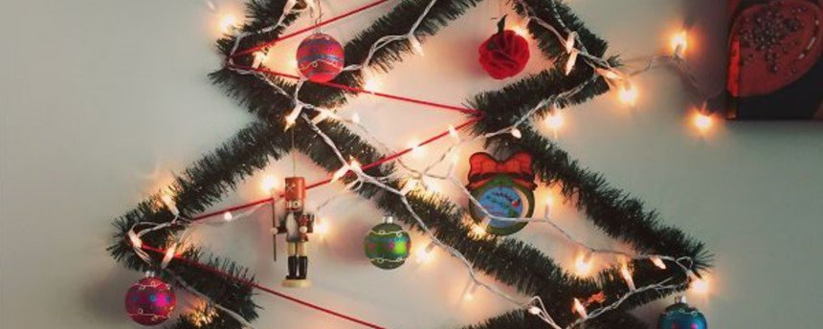 Como montar uma árvore de Natal à prova dos seus bichinhos de estimação