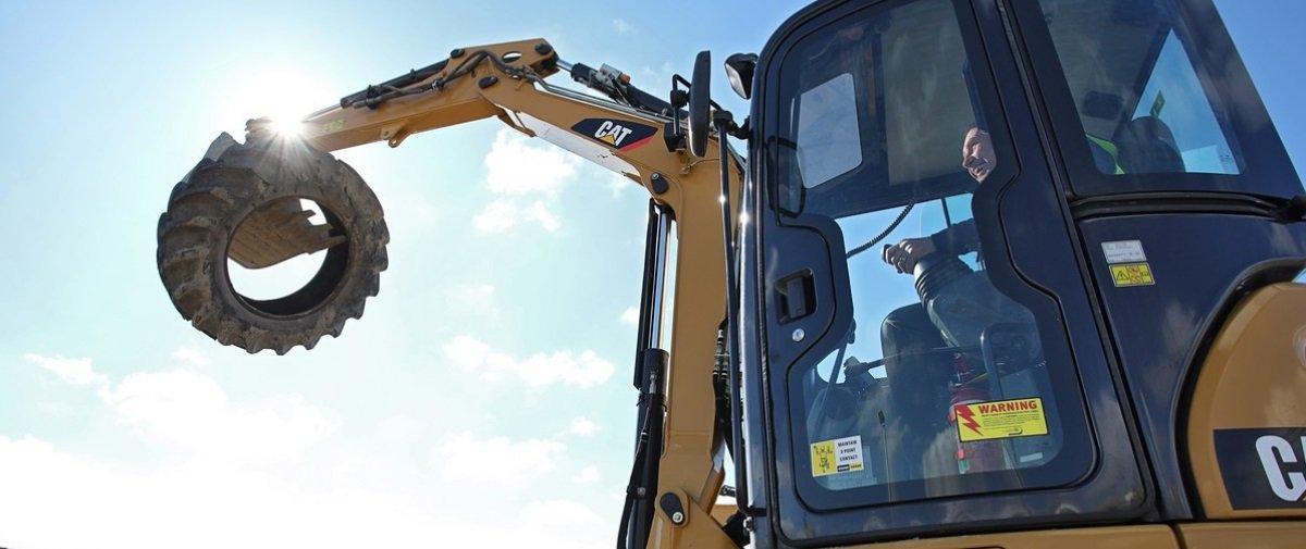 Inusitado: máquinas pesadas viram diversão na Nova Zelândia