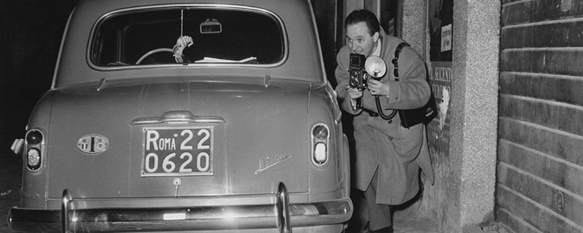 Profissão difícil e polêmica: 14 fotos da era de ouro dos Paparazzi