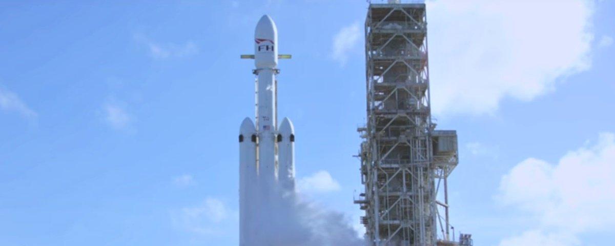 Lançamento do foguete Falcon Heavy foi o 2º stream mais visto no YouTube