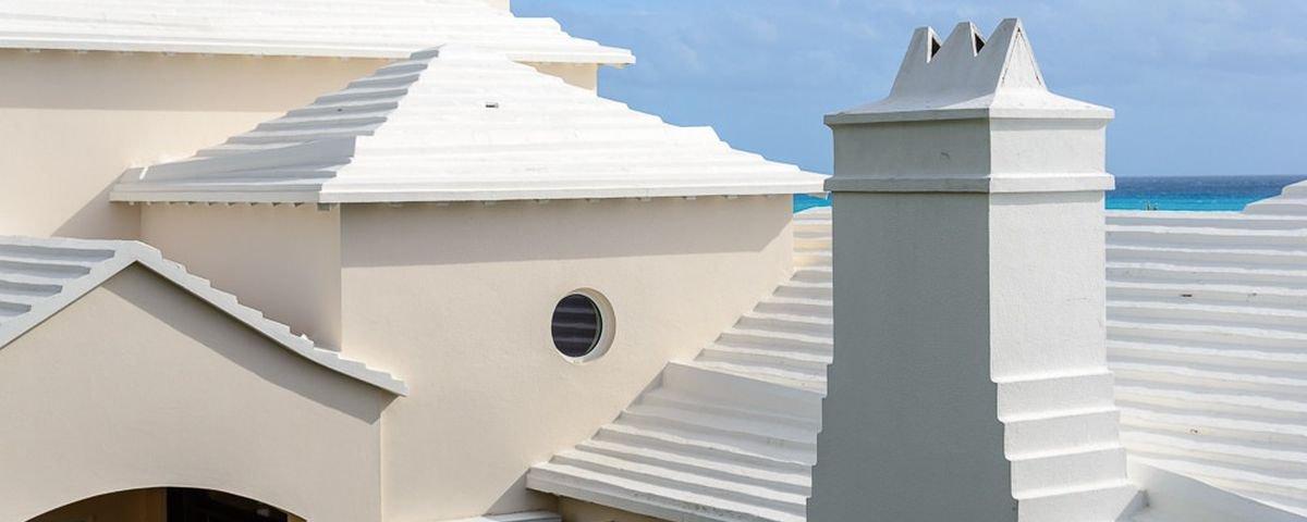 Os telhados icônicos de Bermudas têm uma função importantíssima para vida