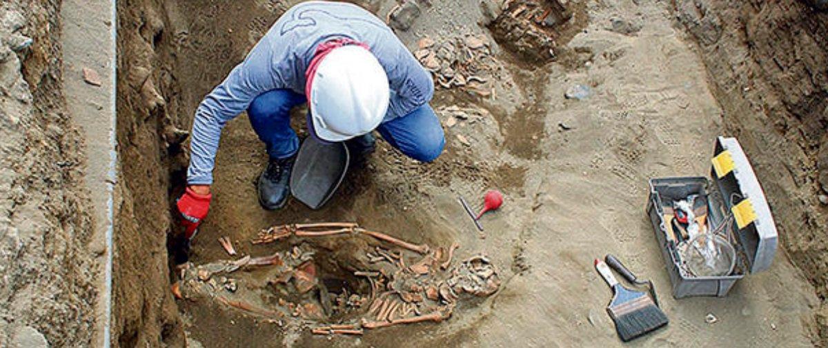Encontraram esqueletos de crianças vítimas de sacrifícios humanos no Peru