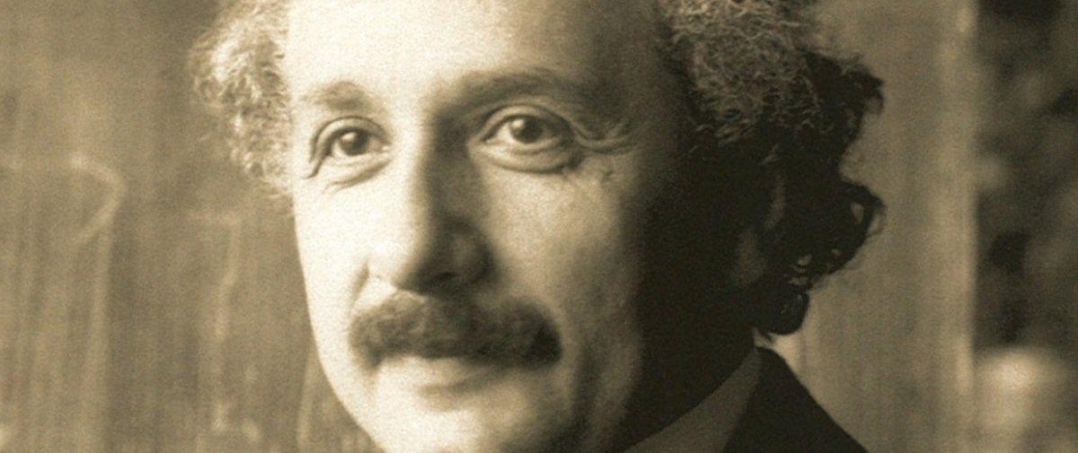Polêmica: divulgados comentários racistas feitos por Einstein em seu diário