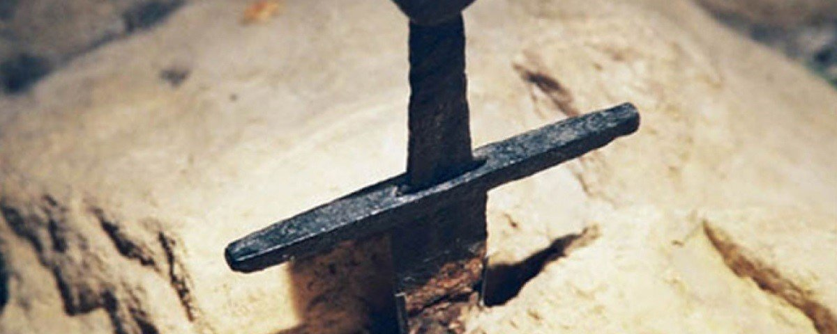 Excalibur italiana? Conheça a intrigante lenda da Espada de São Galgano