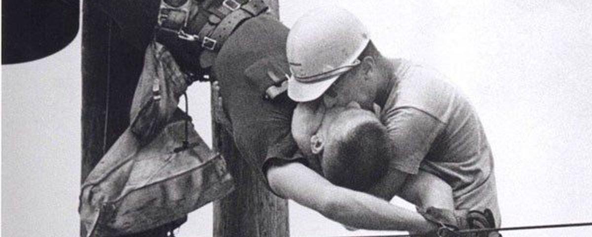 Tem Na Web - O Beijo da Vida: a incrível história da foto que ganhou o Pulitzer em 1968