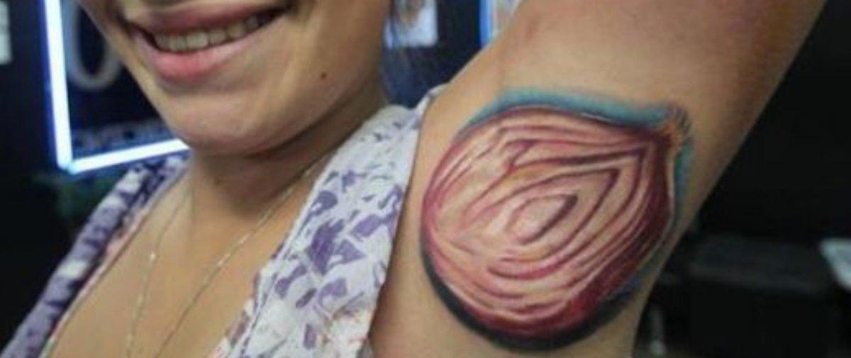 20 tatuagens horrendas que farão você questionar a sanidade das pessoas