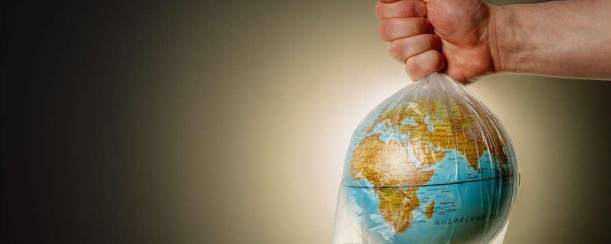 Novo tipo de plástico pode revolucionar a forma como o material é reciclado