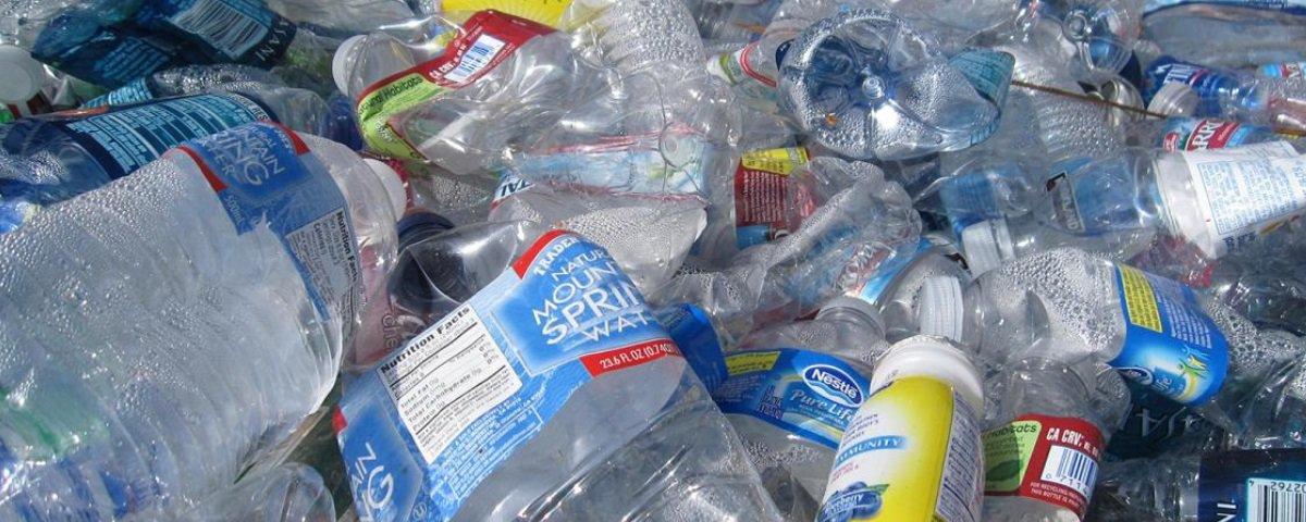 Canadá deve banir uma série de itens descartáveis de plástico até 2021