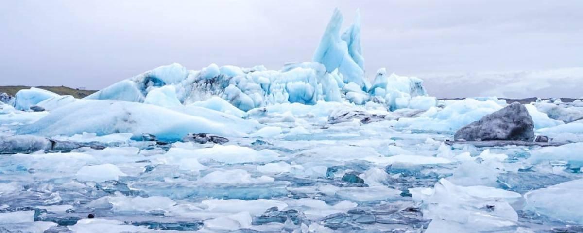 Islândia cria uma lápide em homenagem à primeira geleira extinta no país