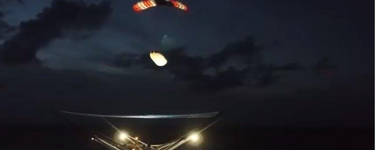 Vídeo de barco recuperando pedaço de foguete da SpaceX é divulgado