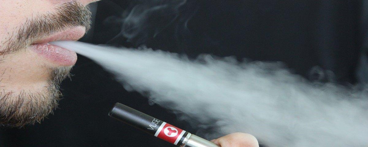 Primeira morte ligada ao vaping é registrada em Illinois, nos EUA