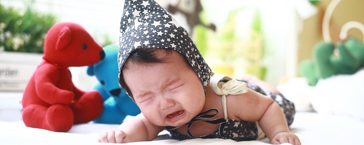Entenda por que bebês recém-nascidos não produzem lágrimas