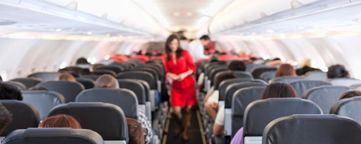 Gases em excesso durante voos? Calma, que a ciência explica!