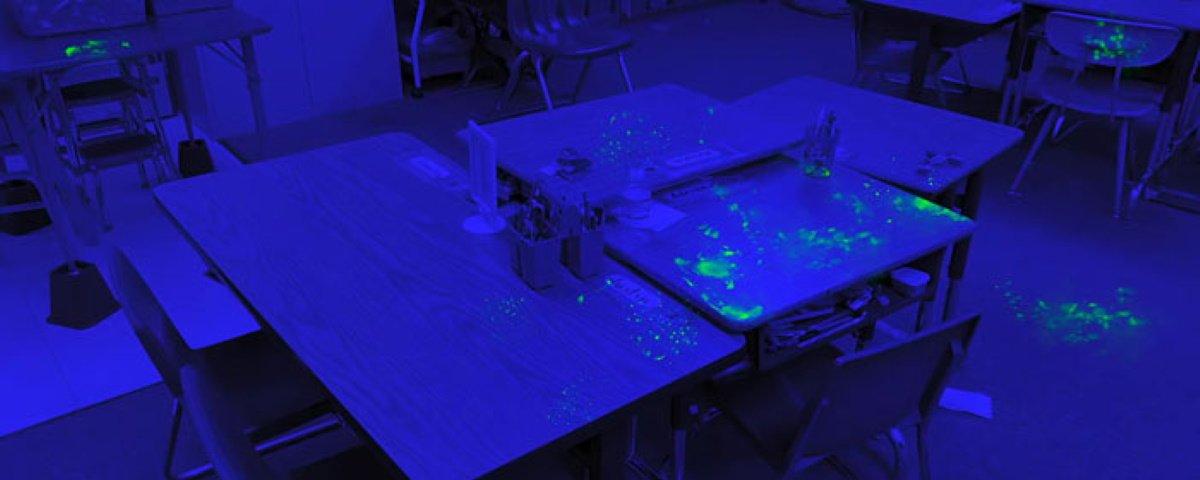 Divertida experiência mostra quão rápido germes podem se espalhar